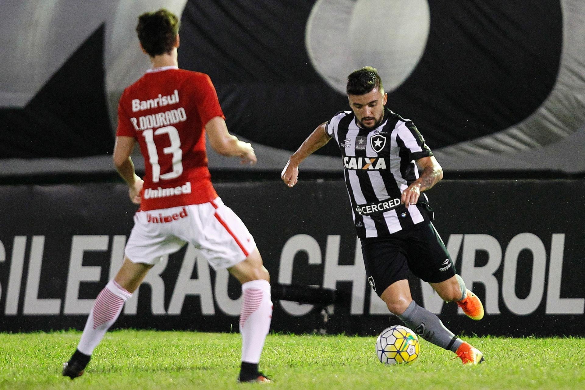 Mano indica e Cruzeiro busca acordo com o Palmeiras por Victor Luis -  21 11 2017 - UOL Esporte 5c7acfca47baf