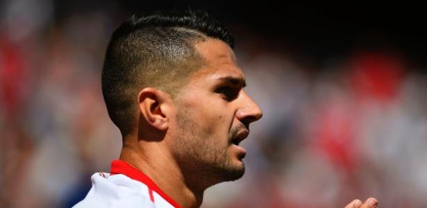 Vitolo, meia do Sevilla, é alvo do Atlético de Madri