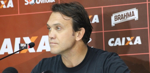Petkovic foi anunciado como técnico do Vitória na semana passada