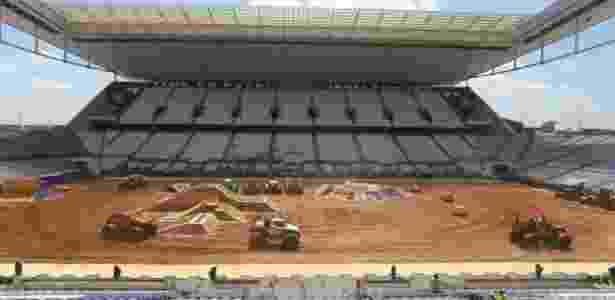 Monster Jam, evento que será realizado na Arena neste sábado, teve treinamento na sexta - Rodrigo Coca/Agência Corinthians - Rodrigo Coca/Agência Corinthians