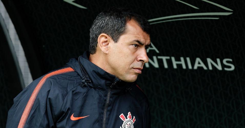 Fabio Carille, técnico do Corinthians, durante a partida contra o Fluminense