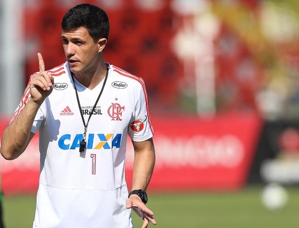 Agora efetivado, o técnico Maurício Barbieri comanda o Flamengo há três meses - Gilvan de Souza/ Flamengo
