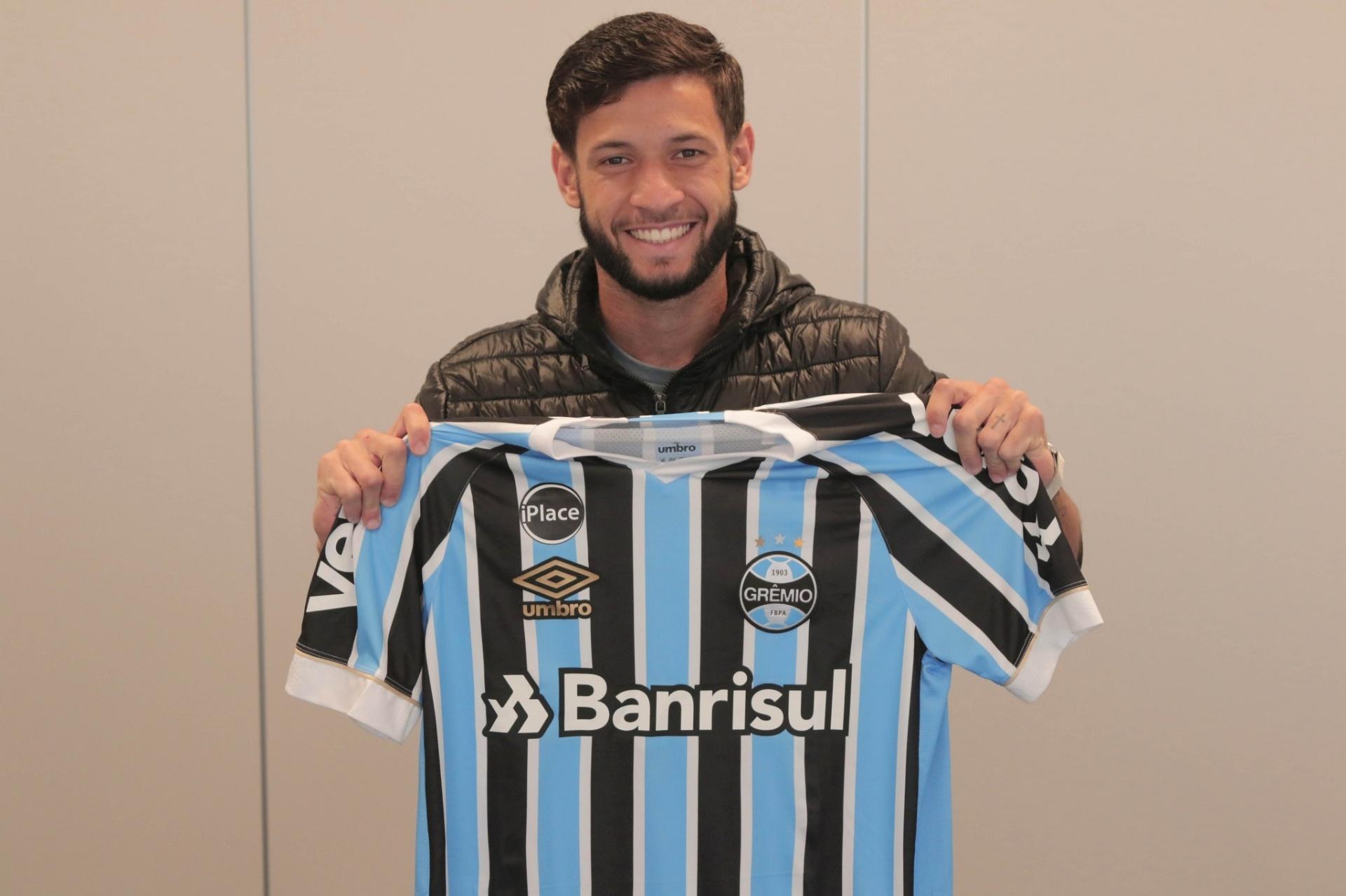 Grêmio confirma contratação de Juninho Capixaba 6d9c054398ef6