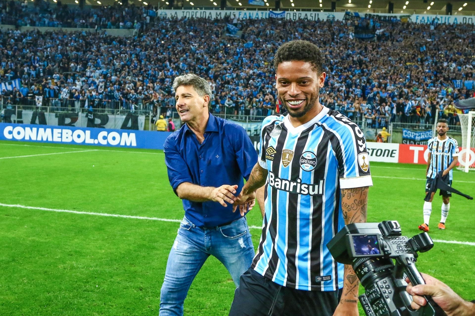 Renato barra Jael e escala André no Grêmio contra Chape  Veja as escalações  - Esporte - BOL b18493272e1cb