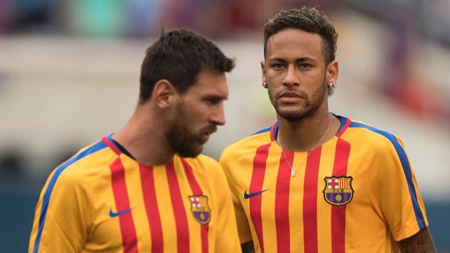 Neymar e Messi durante partida de pré-temporada do Barcelona, em 2017 - Don Emmert/AFP