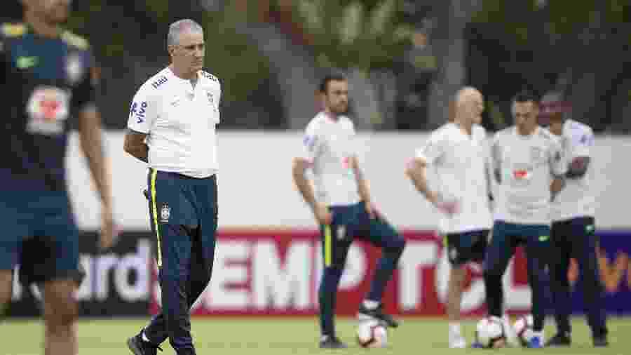 Ainda não está definido quando Tite poderá voltar a trabalhar em campo com a seleção - Lucas Figueiredo/CBF
