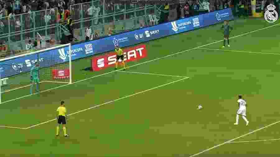 Rodrygo converteu sua cobrança de pênalti na final da Supercopa da Espanha - Reprodução/Twitter