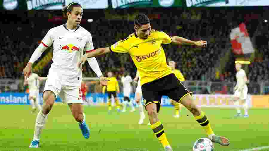 O lateral Achraf Hakimi, do Borussia Dortmund, está nos planos do PSG - Leon Kuegeler/Reuters