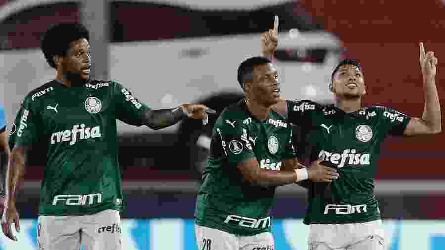 Rony comemora gol do Palmeiras contra o River Plate na semifinal da Libertadores - Juan I. Roncoroni ? Pool/Getty Images