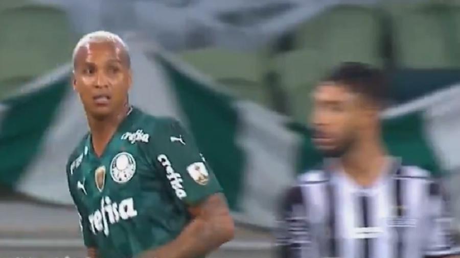 Atacante se chocou com Nathan Silva já nos segundos finais da partida entre Palmeiras e Atlético-MG, pela Libertadores - Reprodução/Twitter