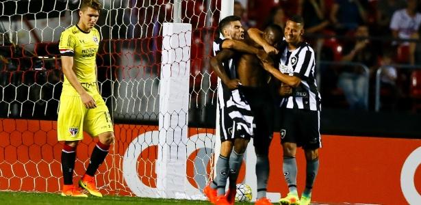 Após de destacar contra o São Paulo, Sassá ganha espaço no Botafogo