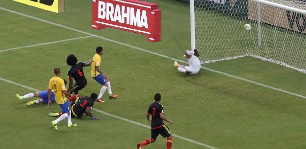 A partida entre Brasil e Colômbia aconteceu em setembro, pelas Eliminatórias da Copa do Mundo