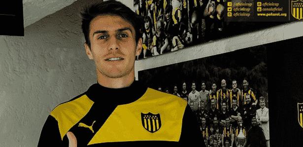 Zagueiro estava no Peñarol desde julho e retorna por contingência - Divulgação/Peñarol