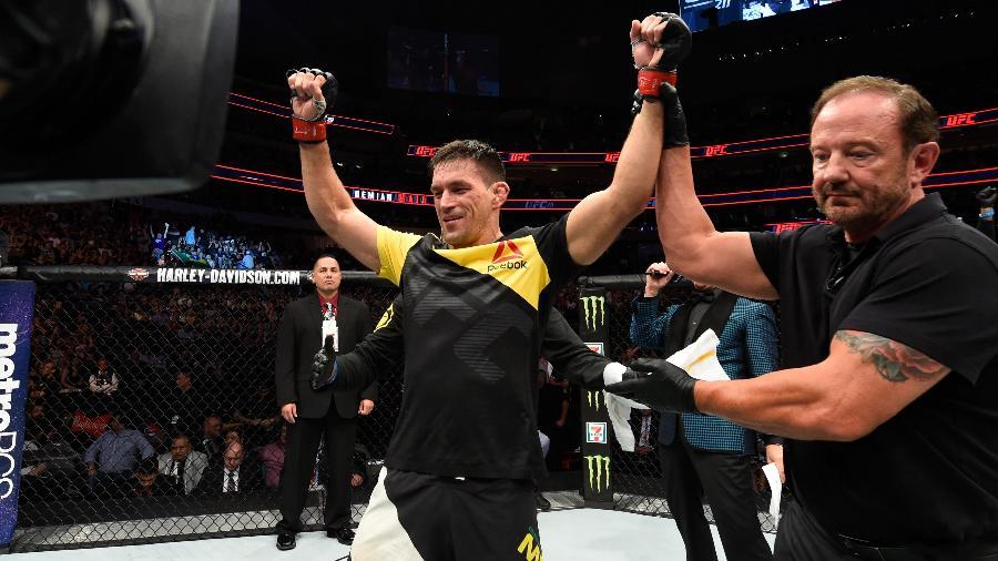 Demian Maia terá oportunidade de disputar cinturão no UFC 214 - Josh Hedges/Zuffa LLC/Zuffa LLC via Getty Images
