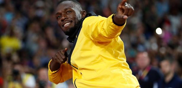 Usain Bolt faz seu famoso gesto na despedida no Mundial de Atletismo em 2017