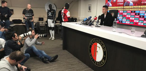 Robin van Persie em sua apresentação no Feyenoord - Reprodução/Twitter