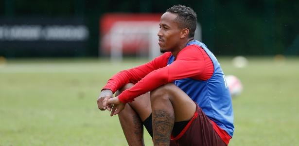 Militão tem contrato até 11 de janeiro do próximo ano com o Tricolor