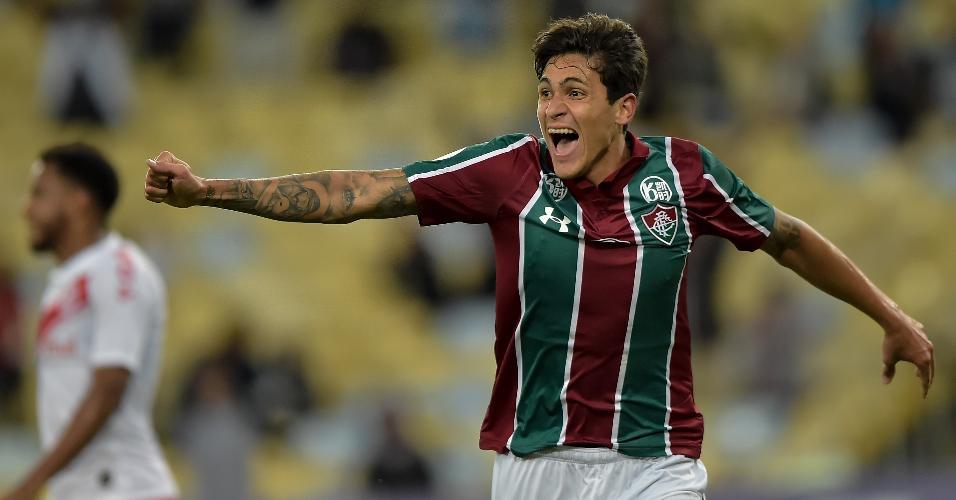 Pedro comemora gol do Fluminense sobre o Internacional