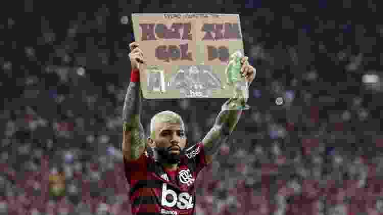 Gabigol comemora gol do Flamengo contra o Grêmio - Bruno Baketa/AGIF - Bruno Baketa/AGIF