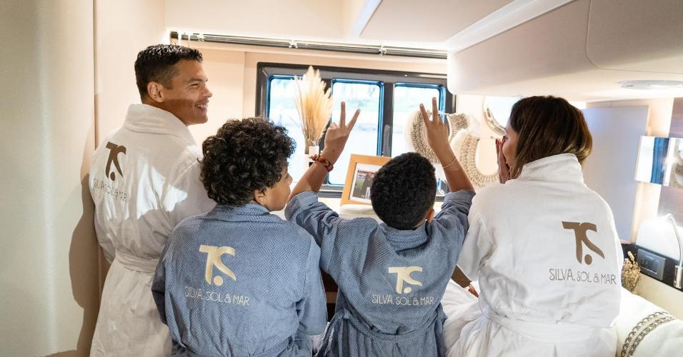 Família Silva reunida no iate