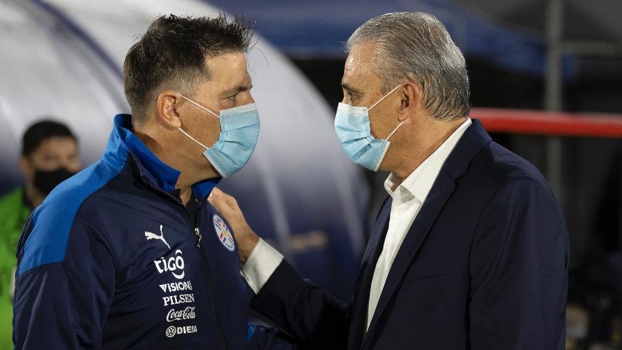 Eduardo Berizzo e Tite, treinadores das seleções do Paraguai e do Brasil, que participam da Copa América - Lucas Figueiredo/CBF