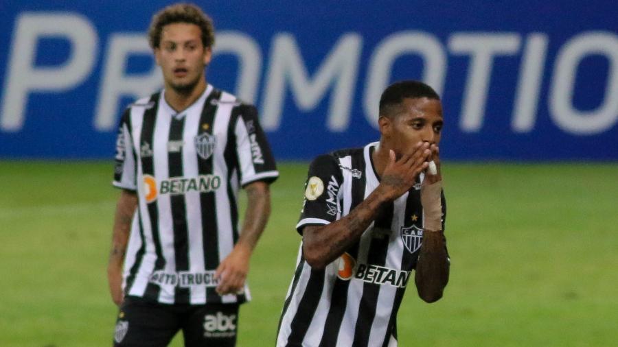 Tchê Tchê comemora gol do Atlético-MG contra a Chapecoense pelo Brasileiro - Fernando Moreno/AGIF