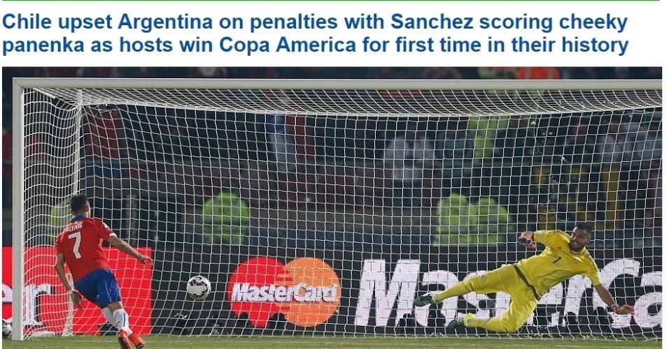 O Daily Mail, da Inglaterra, deu destaque para a cavadinha de Sánchez