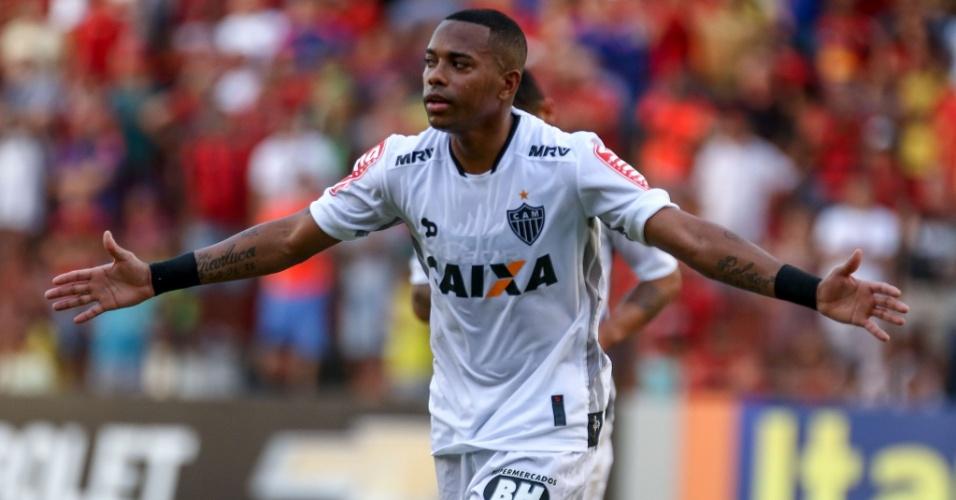 Robinho comemora após marcar gol para o Atlético-MG
