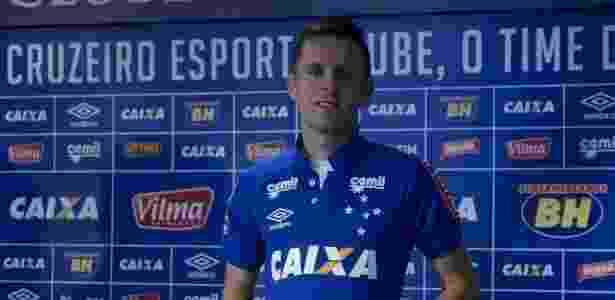 Ezequiel entra na vaga de Lucas, suspenso, para o jogo contra o Flamengo - Washington Alves/Light Press/Cruzeiro