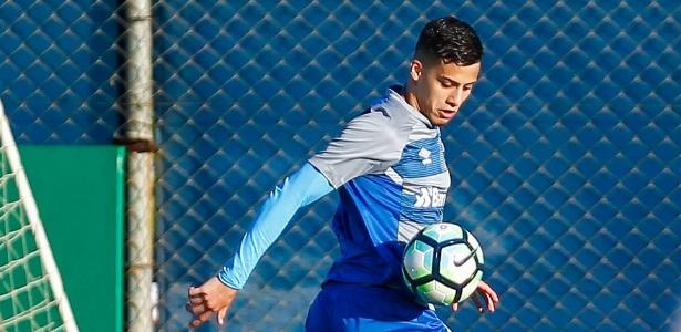 Beto da Silva já se recuperou de contratura na coxa e treina normalmente