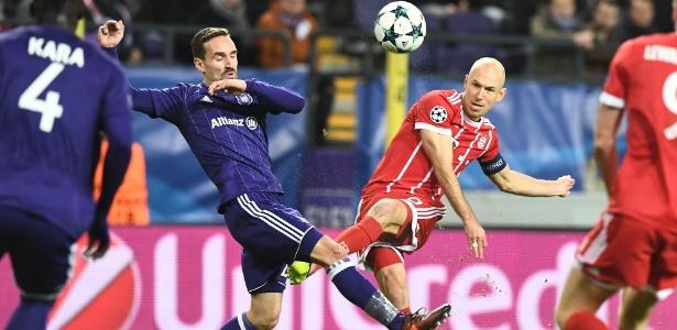 Robben em ação pelo Bayern em partida contra o Anderlecht