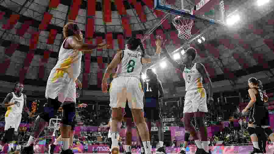 Brasil vence univeristárias dos EUA e é ouro pelo basquete do Pan - Alexandre Loureiro/COB
