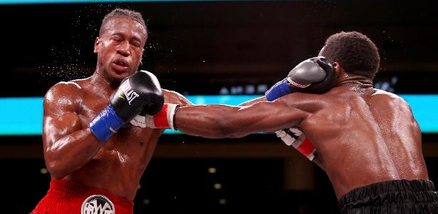 Em Chicago | Boxeador se encontra em estado crítico após sofrer nocaute brutal