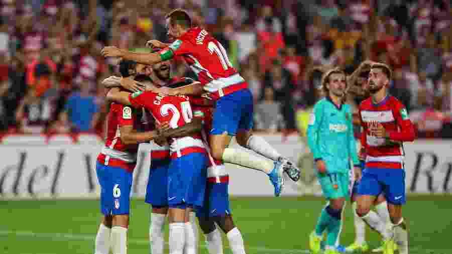 Jogadores do Granada comemoram após gol contra o Barcelona pelo Campeonato Espanhol  - Fermin Rodriguez/NurPhoto/Getty Images