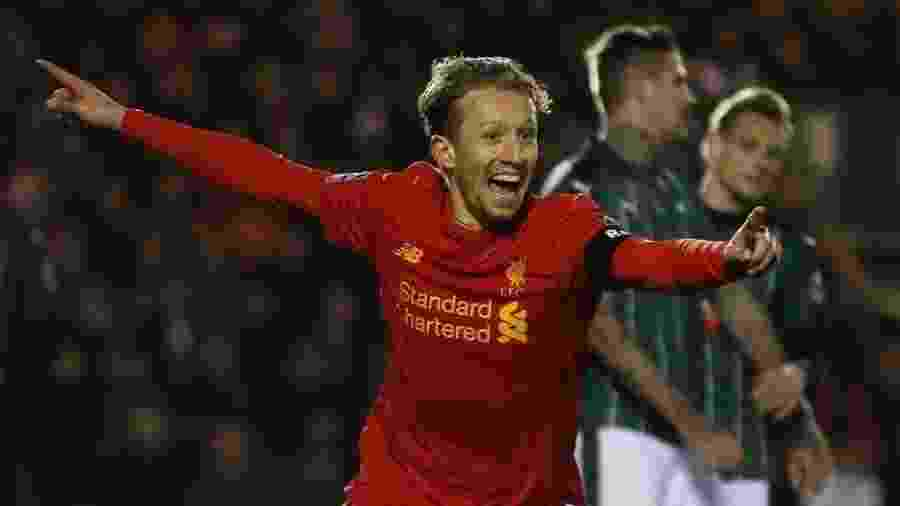 Lucas Leiva defendeu a camisa do Liverpool por dez anos, entre 2007 e 2017 - Reuters / Paul Childs