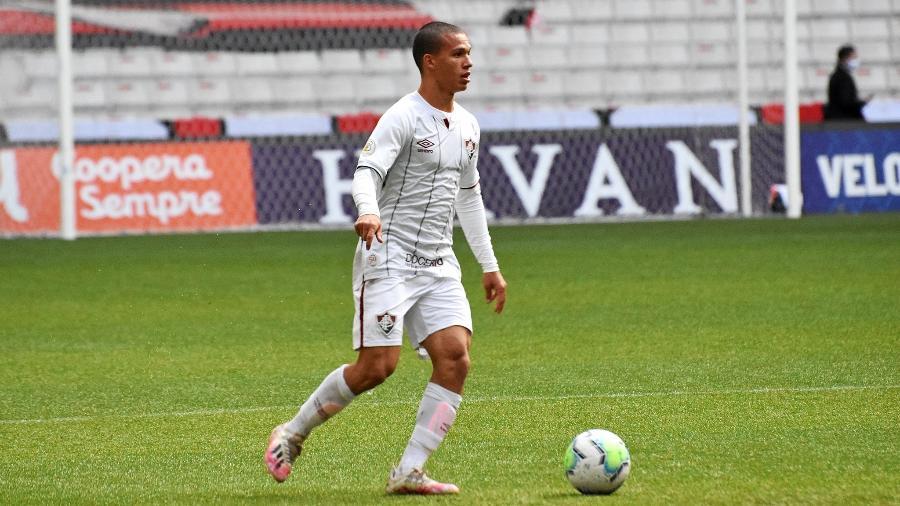 Calegari foi bem contra o Athletico, em Curitiba, e ganhou a vaga no time de Odair Hellmann - Mailson Santana/Fluminense FC