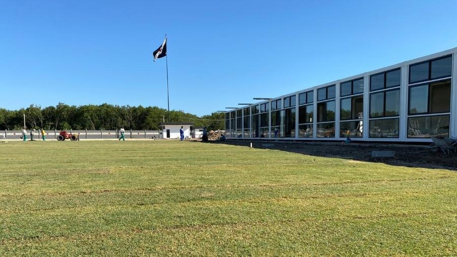 CT do Almirante já está recebeu a grama e finaliza os últimos detalhes da estrutura para o departamento de futebol - Divulgação