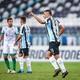 Sob olhar de Tiago Nunes, Grêmio vence na estreia da Sul-Americana