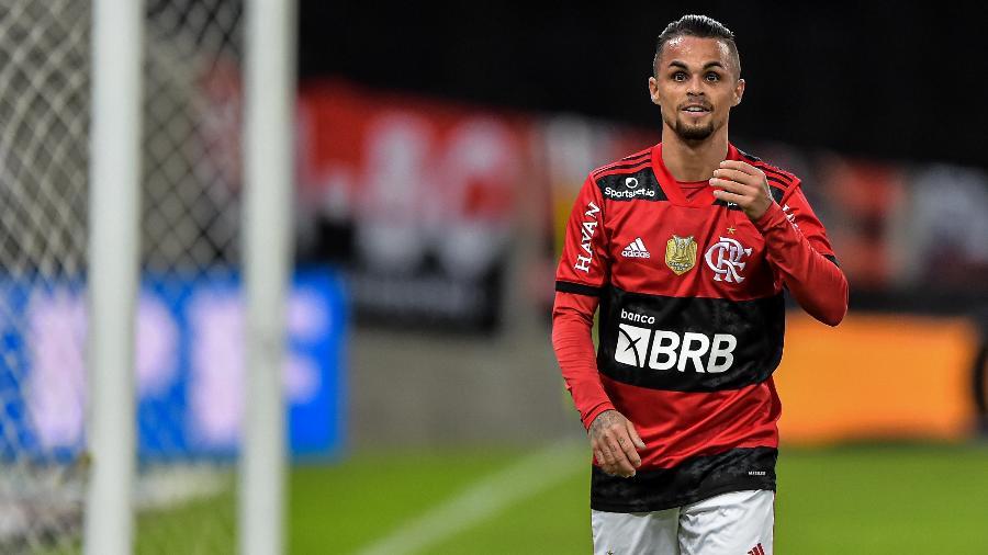 Michael comemora gol marcado contra o ABC, pela Copa do Brasil - Thiago Ribeiro/AGIF