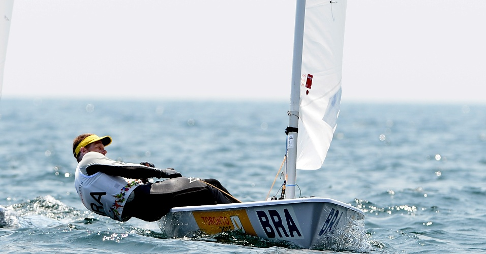 Robert Scheidt durante a regata da classe laser da vela