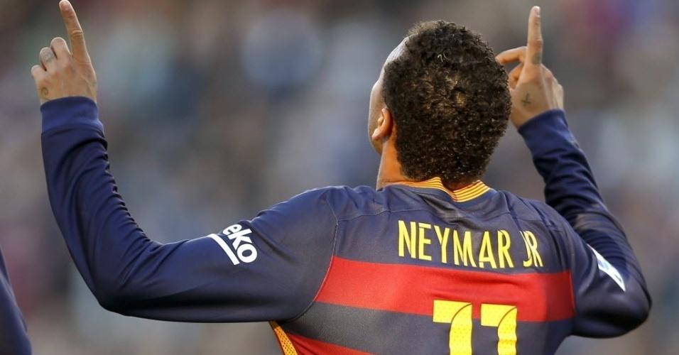 Neymar comemora o primeiro gol do Barcelona no Campeonato Espanhol