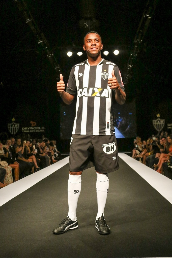 Data da estreia de Robinho pelo Atlético-MG deve ser confirmada nesta sexta-feira