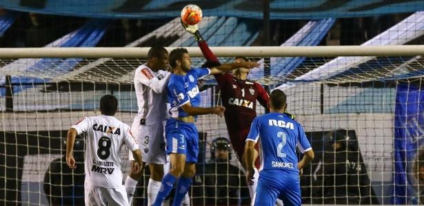 O zagueiro Leonardo Silva e o goleiro Victor são os dois grandes nomes da defesa do Atlético-MG