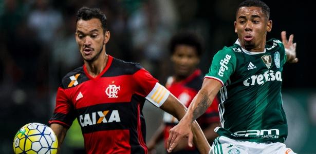 O Flamengo precisa fazer a sua parte e torcer por tropeços do Palmeiras - Adriano Vizoni/Folhapress