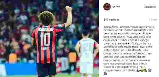 Gedoz pede desculpa à torcida do Atlético-PR por expulsão - Reprodução/Instagram - Reprodução/Instagram