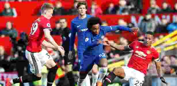 Meia brasileiro foi titular e deixou o dele no Old Trafford - Andrew Yates/Reuters