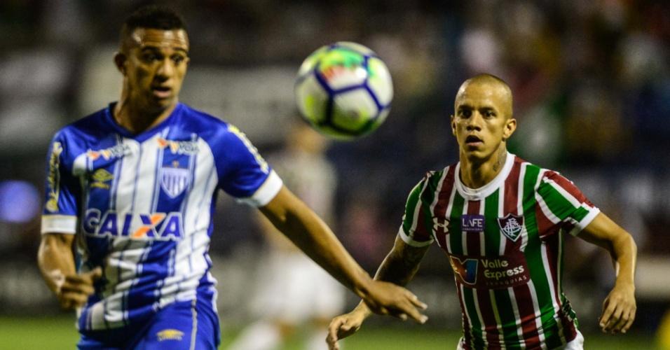 O atacante Marcos Júnior em lance da partida entre Avaí e Fluminense
