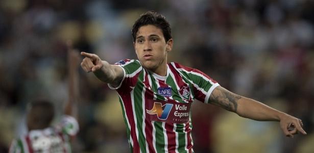 Pedro em ação pelo Fluminense; atacante ainda não decidiu sobre quem vai operá-lo - AFP PHOTO / Mauro PIMENTEL