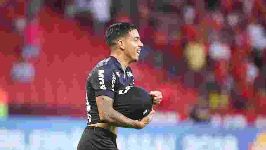 Meia-atacante é pouco aproveitado no Atlético-MG e pode deixar o clube por causa do limite de estrangeiros - Bruno Cantini/Divulgação/Atlético-MG