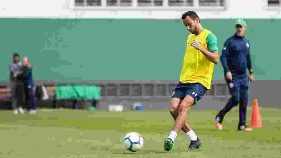 Nenê foi apresentado pelo Fluminense na última segunda-feira - LUCAS MERÇON / FLUMINENSE F.C.